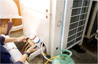 air conditioning unit engineer maintenance